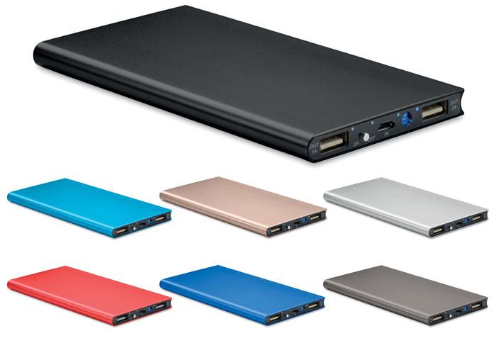 PowerBank de aluminio de alta calidad con 8000mAh, luz y cable micro USB. Proteccion contra sobrecargas, descargas y cortocircuito.