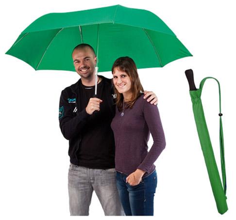 Paraguas doble con mango ergonómico. Tamaño 122x95,5 cm.